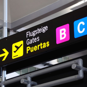 how to get from malaga airport to malaga